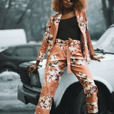 woman-wearing-brown-and-white-cardigan-with-matching-pants-886406
