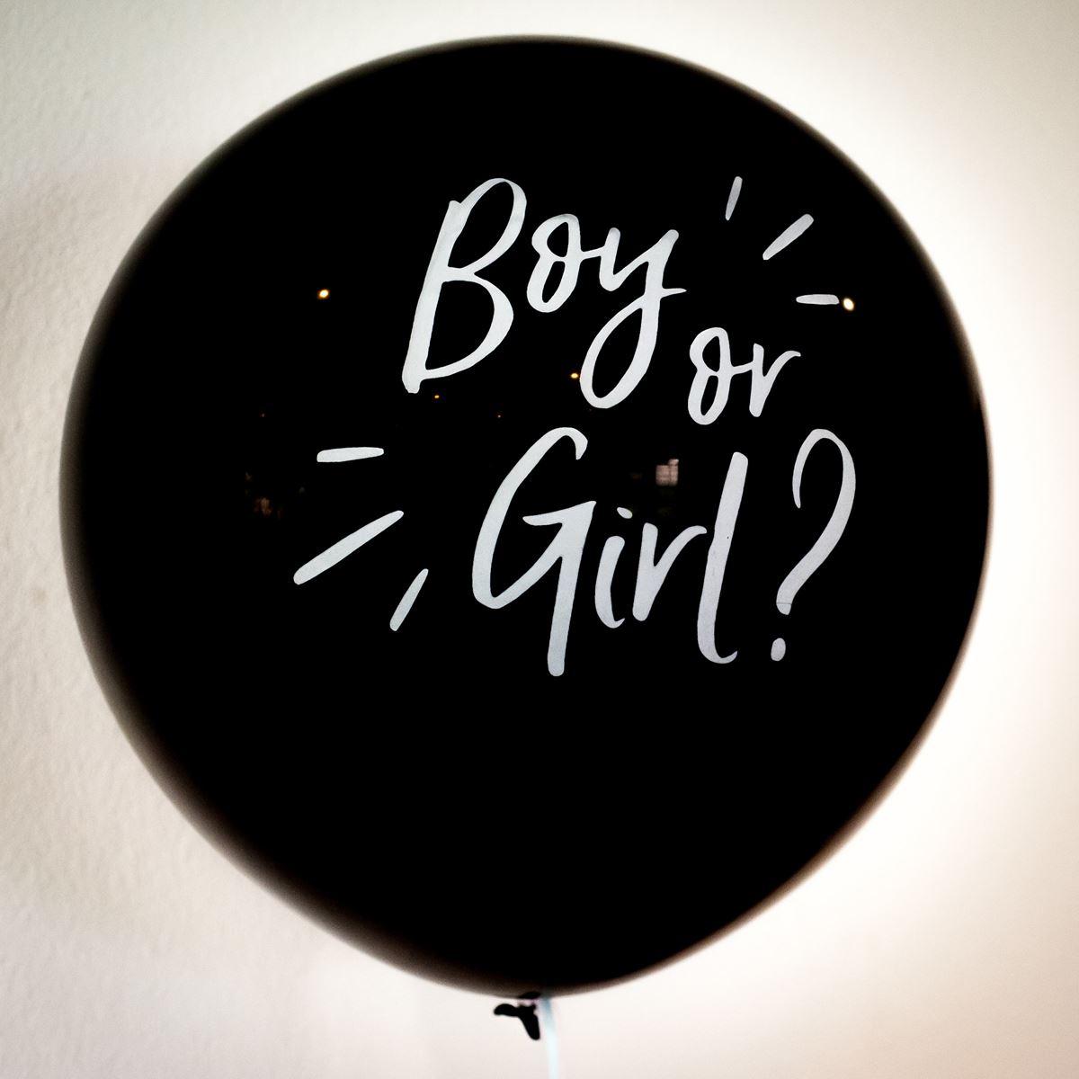 Ballon boy or girl gender reveal